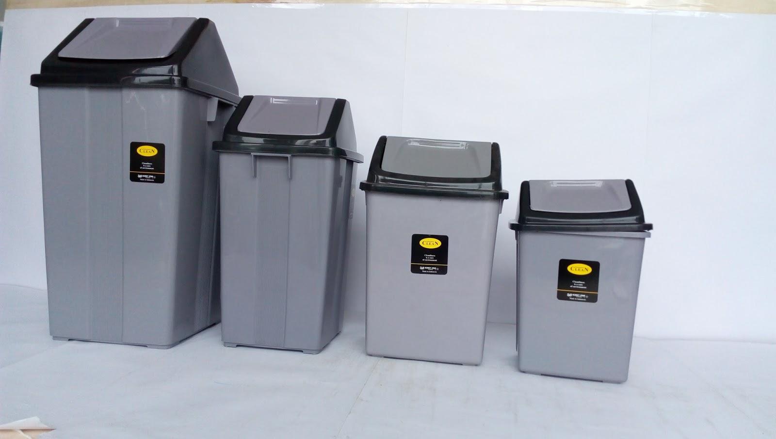1. Selalu Sediakan Tempat Sampah